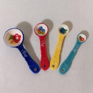 Pioneer Woman Dazzling Dahlias Measuring Spoons